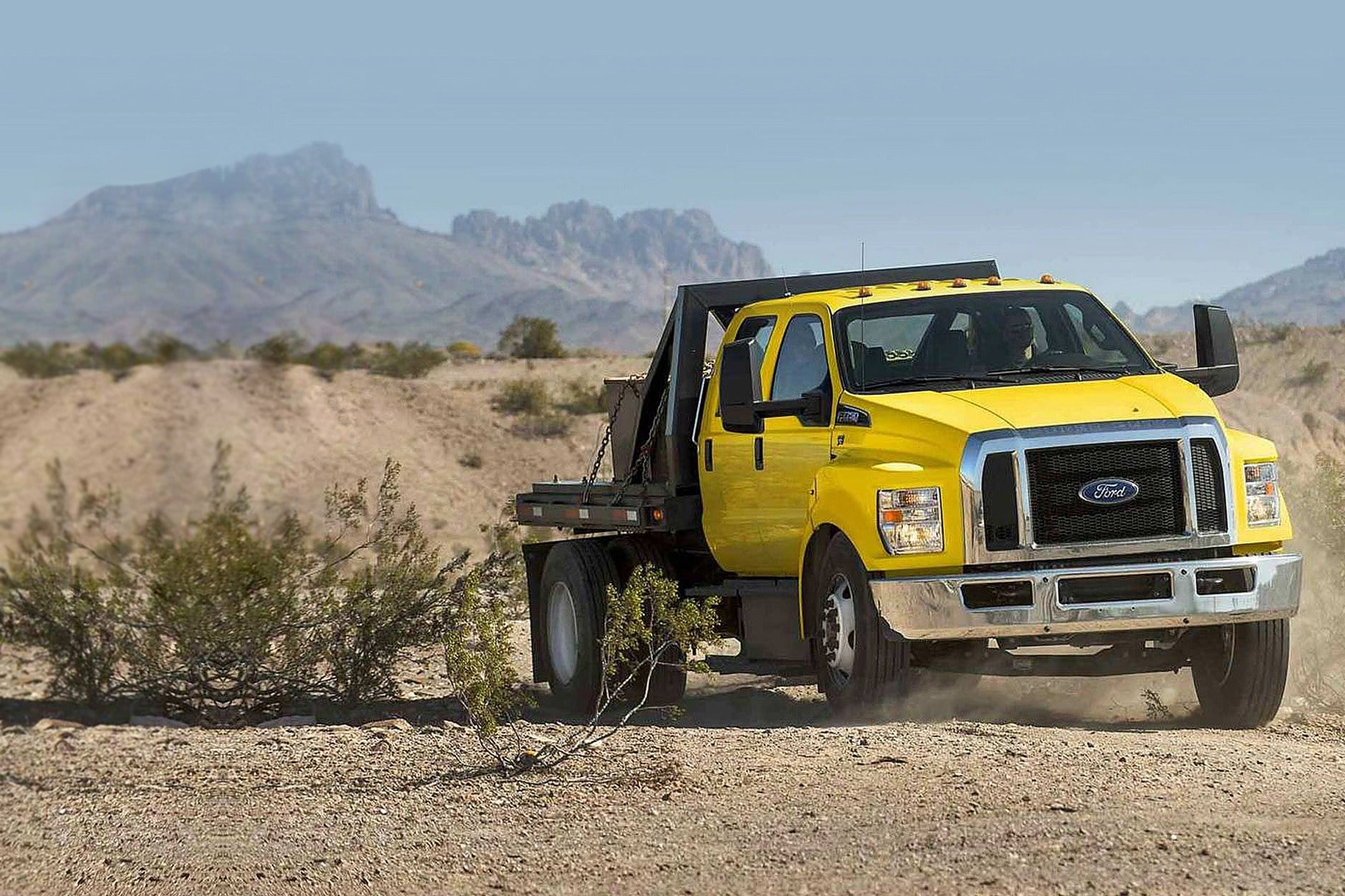 Ford F-650-750 0